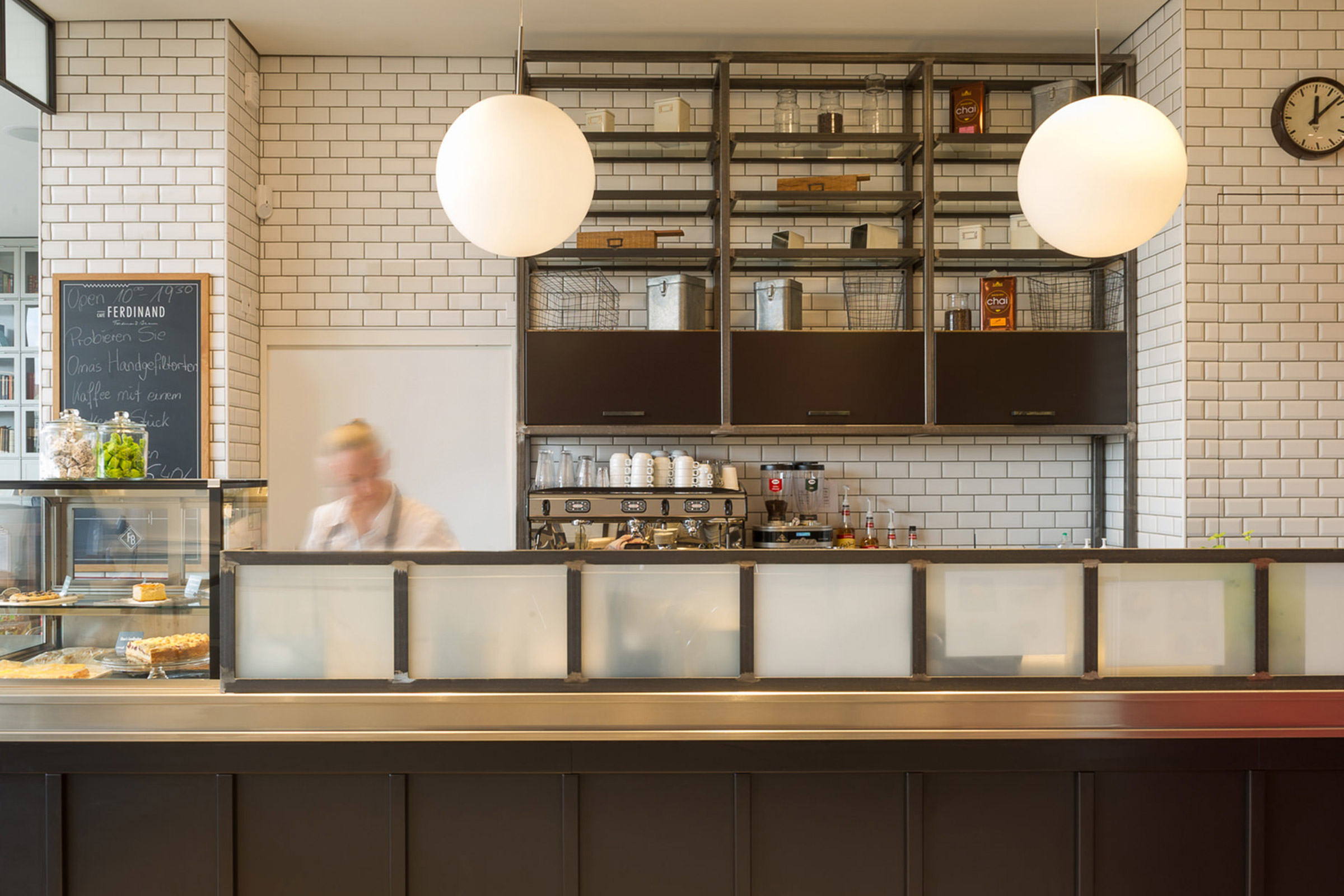Cafè Ferdinand, Vodafone, Hamburg, Jungfernstieg, Restaurant Branding, bar